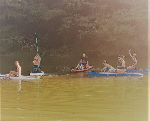 Escuela de Paddle surf SUP en familia con BIGUI SURF