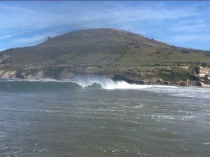 surfing en pais vasco